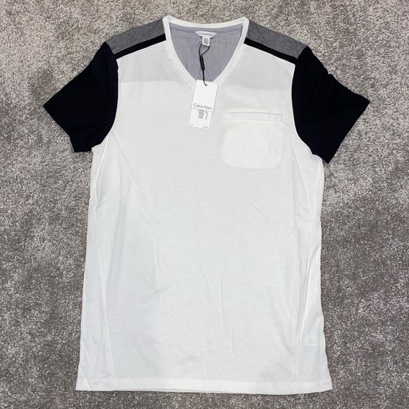 Calvin Klein Other - NWT Calvin Klein V-Neck T-Shirt, Mens Size SMALL